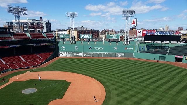 best bars in boston to watch red sox playoffs