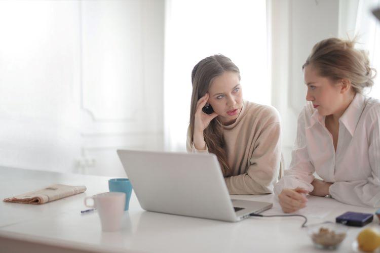 Women Discuss Cheap Boston Apartment