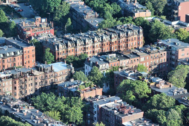 Roxbury Renting Off Campus