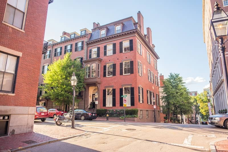 Renting an apartment in Boston for the first time