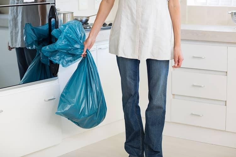 Throwing away unused items